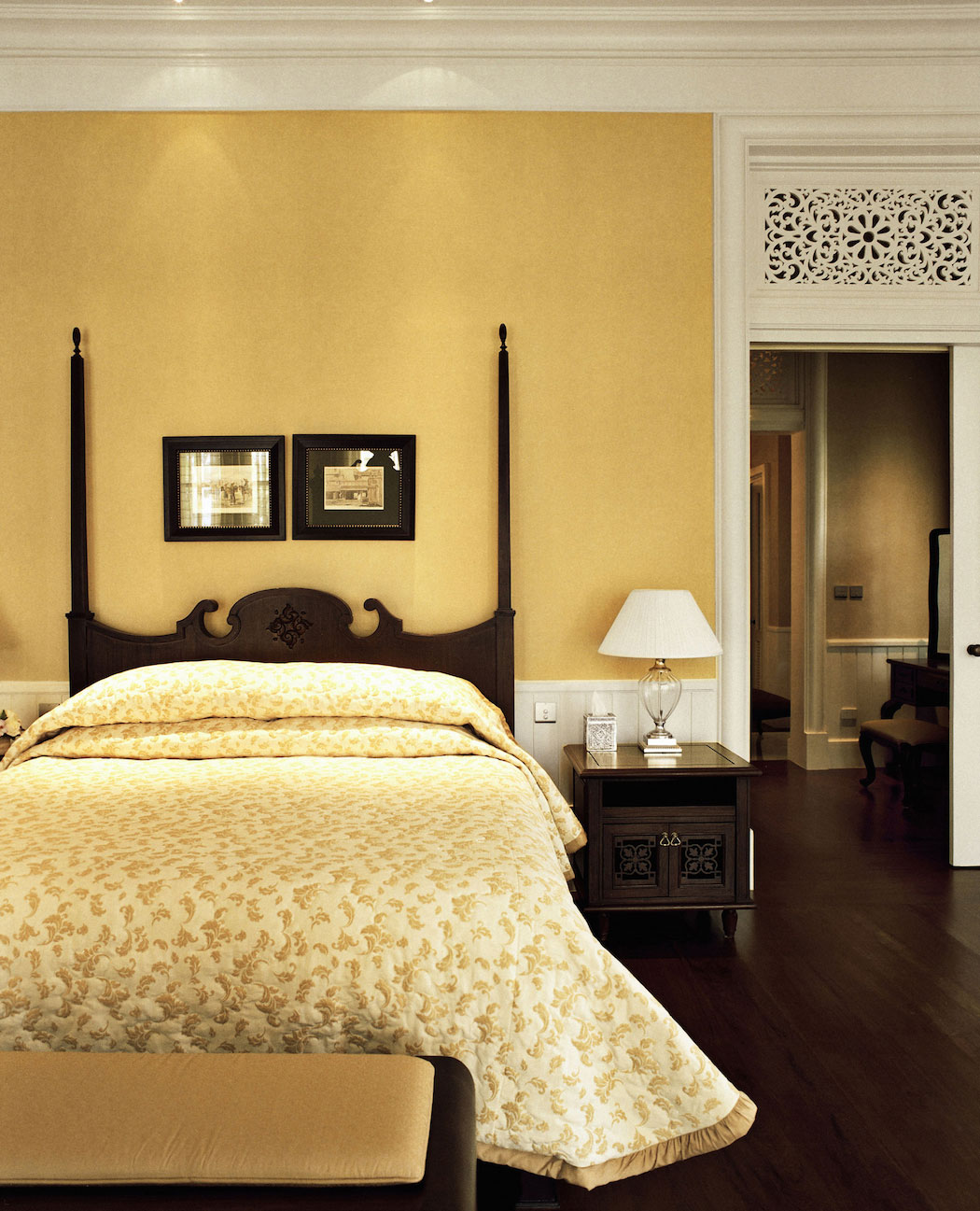 Dhara_Dhevi_Chiang_Mai_78_Grand_Deluxe_Colonial_Suite