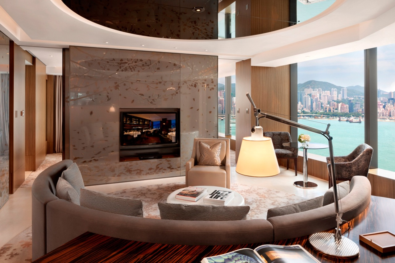 Hotel-Icon-Hong-Kong-Club-80-Suite-Living