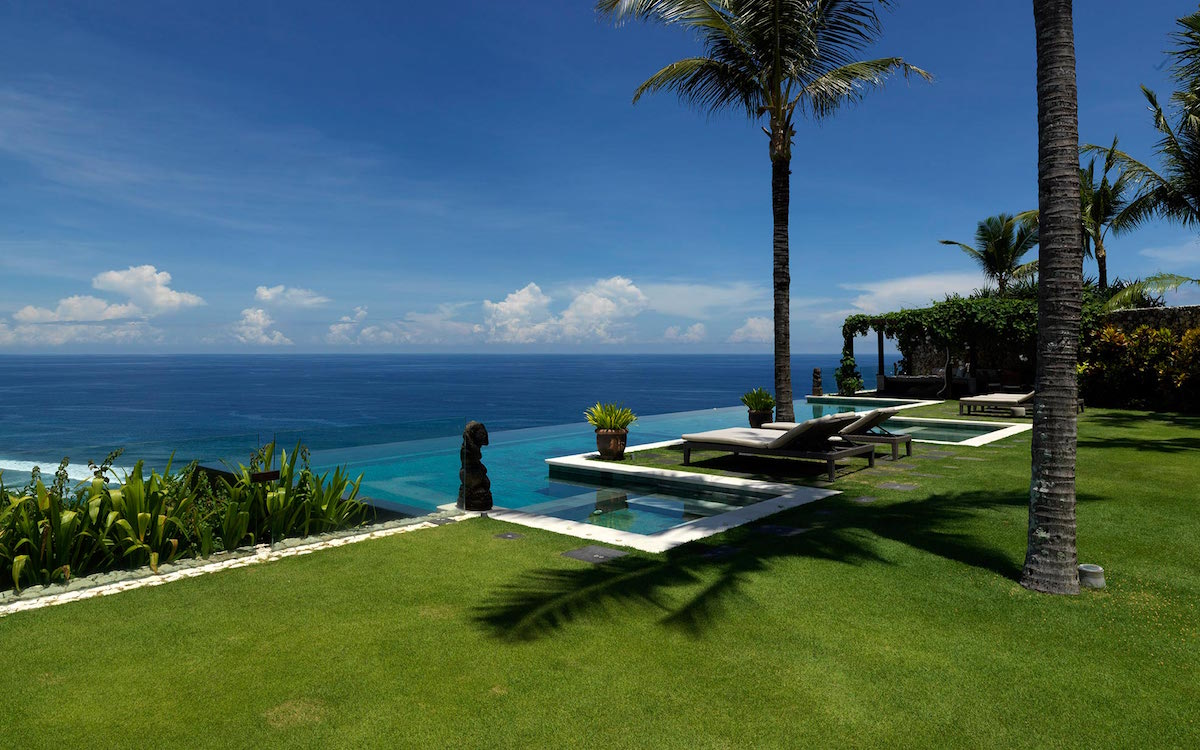 clifftop luxury villa in uluwatu, bali